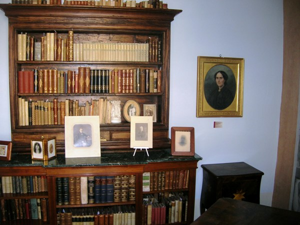La libreria nello Studio della Poetessa Piacentini