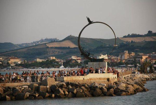 Il Monumento al Gabbiano