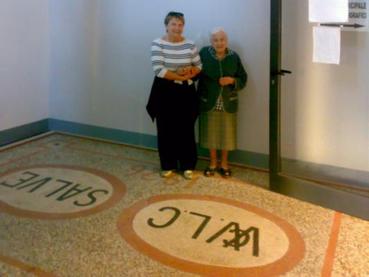 Lidia Mari presso la delegazione comunale di via Turati a Porto d'Ascoli