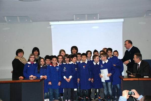 Gli studenti della scuola Damiano Chiesa