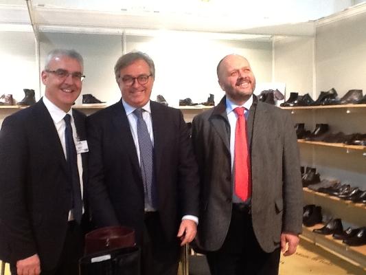Gaspari con il presidente della Regione Marche Gian Mario Spacca e il sindaco di Macerata Romano Carancini