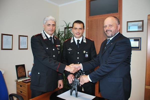 Il Sindaco Gaspari con il Capitano Vaccarini e il tenente Loiacono