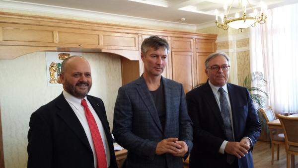 Gaspari e Spacca con il sindaco di Ekaterinburg