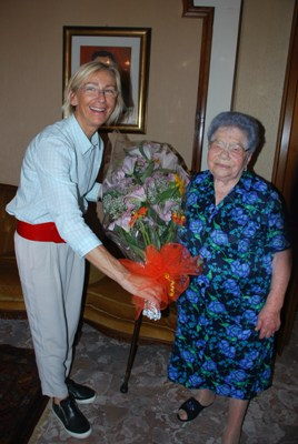 I festeggiamenti della centenaria Giuseppina Corsini