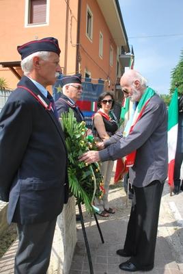 Alcuni momenti della cerimonia di commemorazione dell'eccidio del Ponterotto