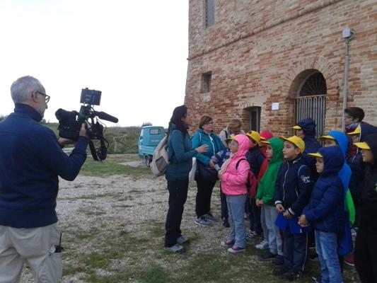Alcune immagini delle riprese del tg itinerante di Rai3 Marche alla Riserva Sentina