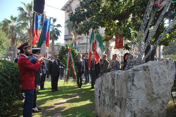 Alcune immagini della cerimonia del 4 novembre
