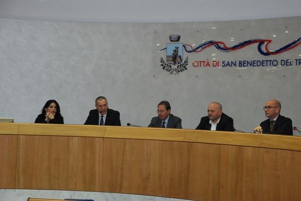 Alcune foto del convegno sulla legge di stabilità 2016 con l'On. Angelo Rughetti