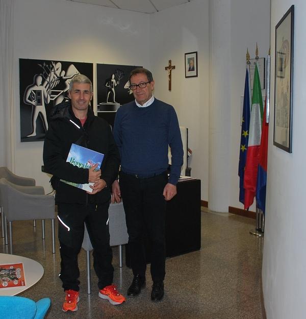 Il sindaco Piunti con Roberto Carminucci