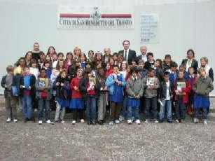 Foto di gruppo della giovane delegazione