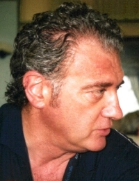 L'artista Carlo Gentili