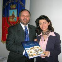 Il sindaco Gaspari ha ricevuto il soprano Giuseppina Piunti. Valutata la possibilità di un concerto lirico in città