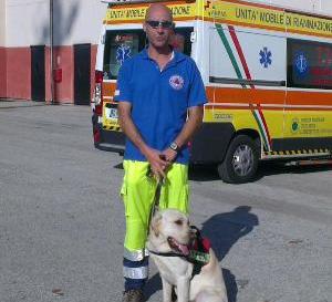 La Protezione civile di San Benedetto soccorre un escursionista in montagna
