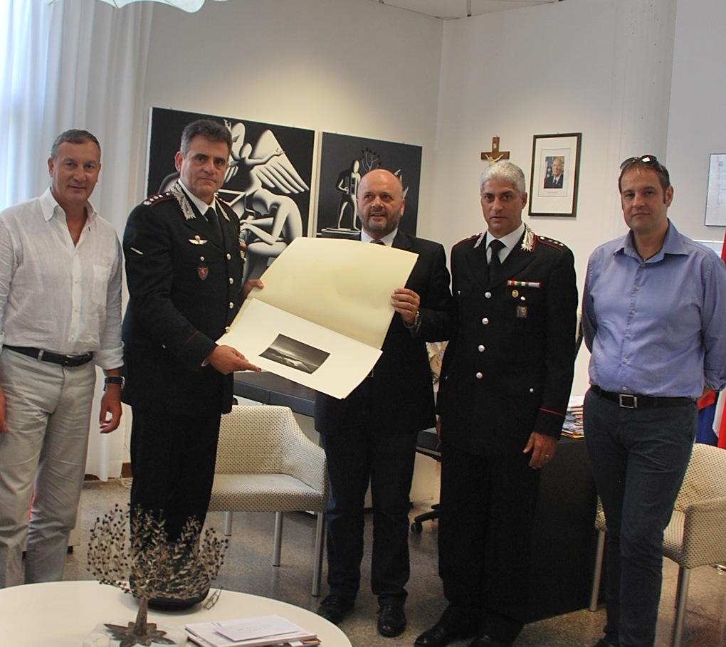 Gaspari saluta il colonnello Alessandro Patrizio