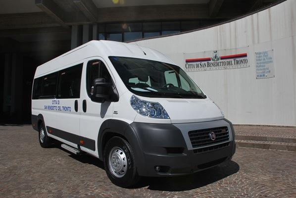 Nuovo automezzo per il trasporto dei disabili