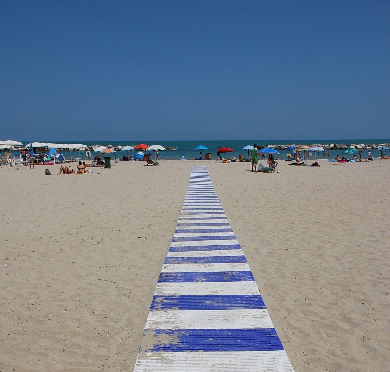 La spiaggia di San Benedetto sempre più accessibile