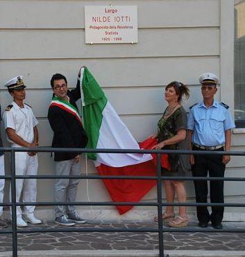 """Due spazi cittadini dedicati a Iotti e Pertini, """"padre e madre costituenti"""""""