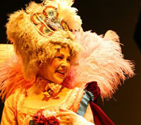 Ottavia Piccolo conclude la stagione teatrale di San Benedetto