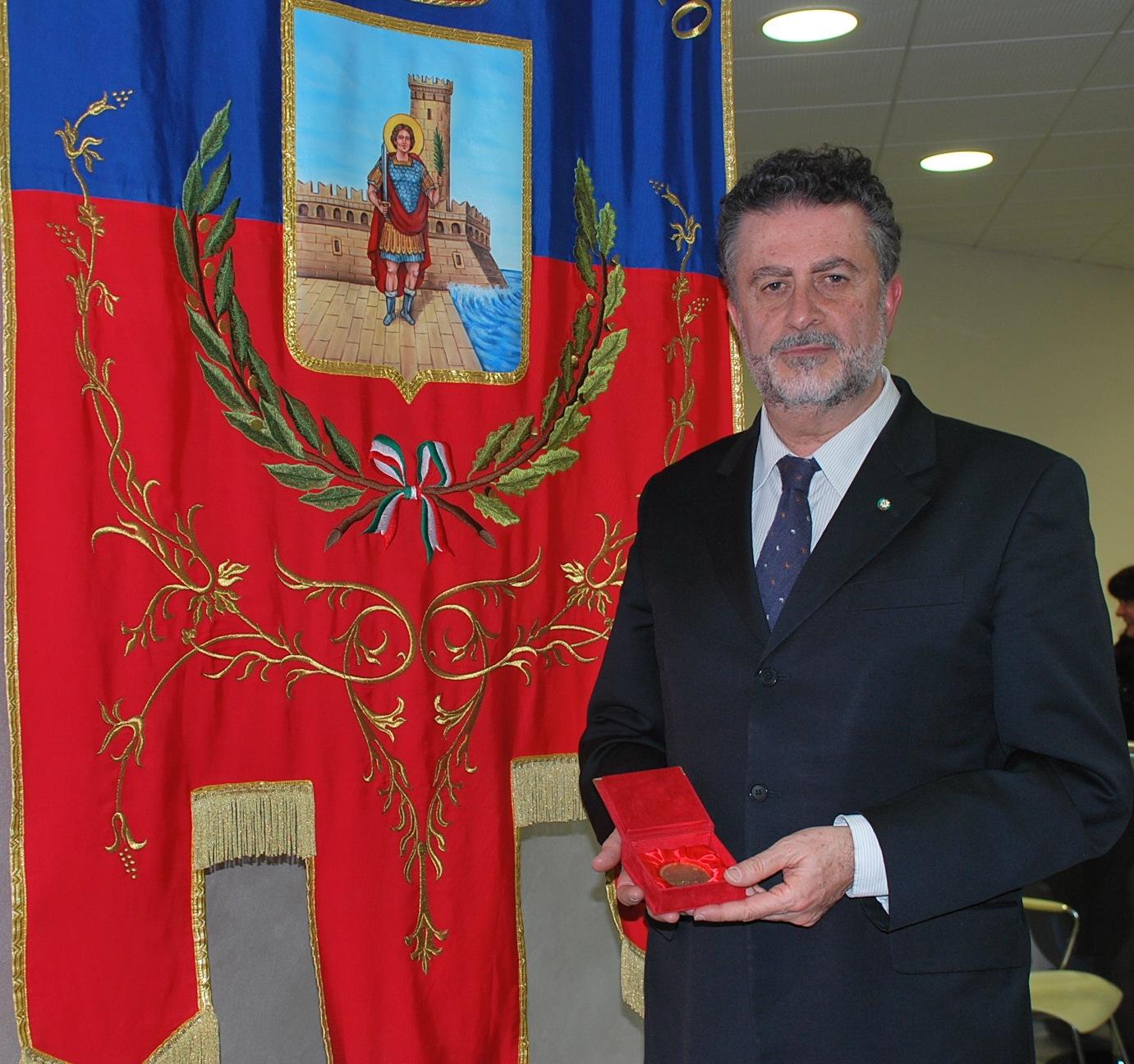 """Consegnato il premio """"Truentum"""" ad Eugenio Coccia"""