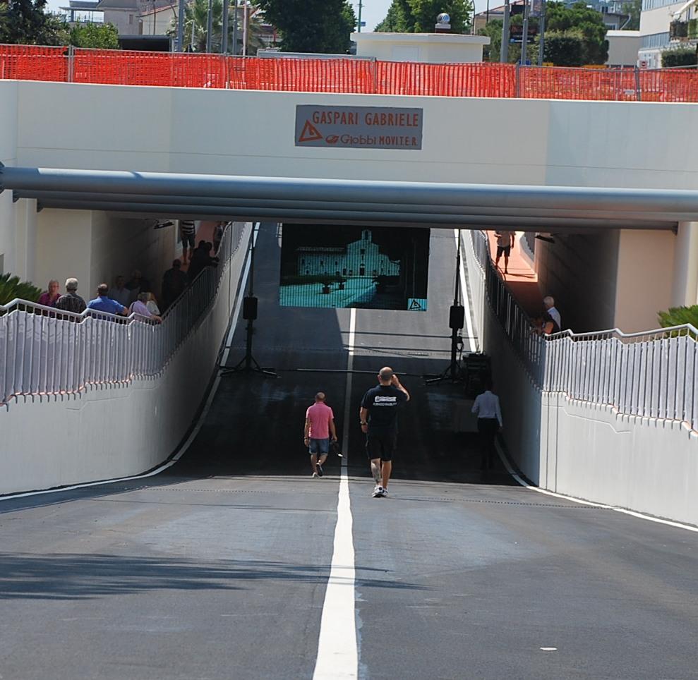 Il sottopassaggio ferroviario di via Pasubio è aperto