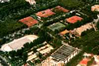 Una vista dall'alto del Bocciodromo di via degli Oleandri